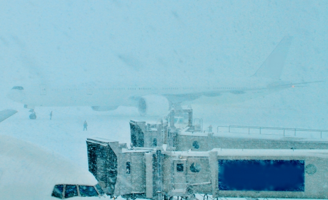 新千歳空港の雪での欠航