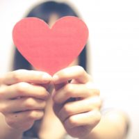 バレンタインの渡すときの言葉は何て言う?職場の片思いの人の場合