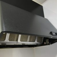 レンジフードの外側の掃除、カバーを簡単にきれいにする方法【体験談】