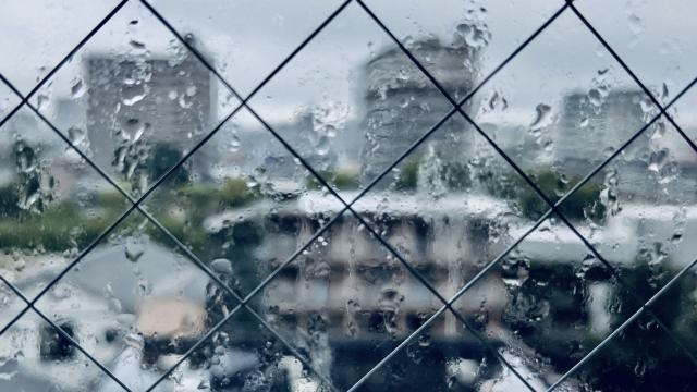 台風の窓対策