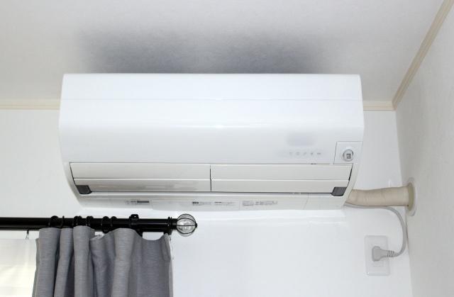 寝る時の暖房